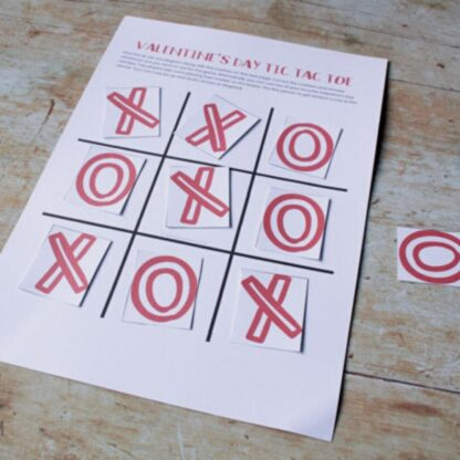 FREE Printable Valentines Tic Tac Toe Game for Kids