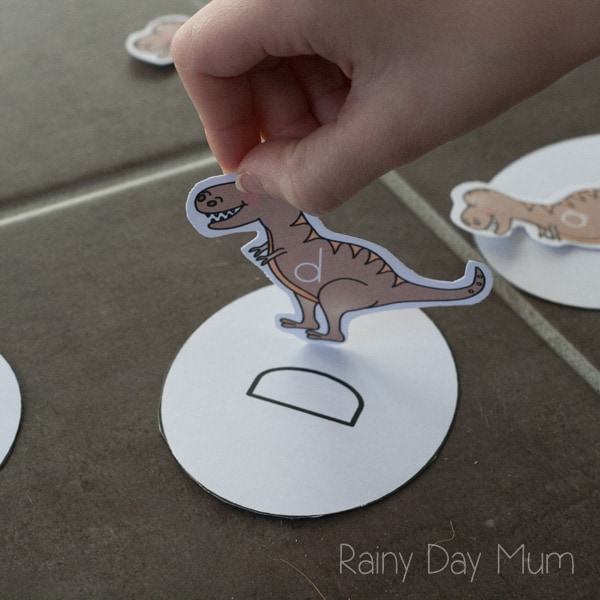 Dinosaur Baby Egg Hatching Letter Matching Game for Preschoolers