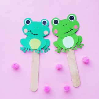 Finished Frog Paper Puppets made with the free printable template