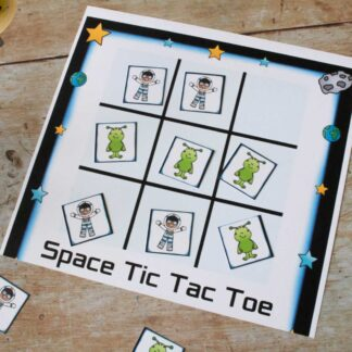 print and play this free printable space men alien vs astronaut tic tac toe game for kids